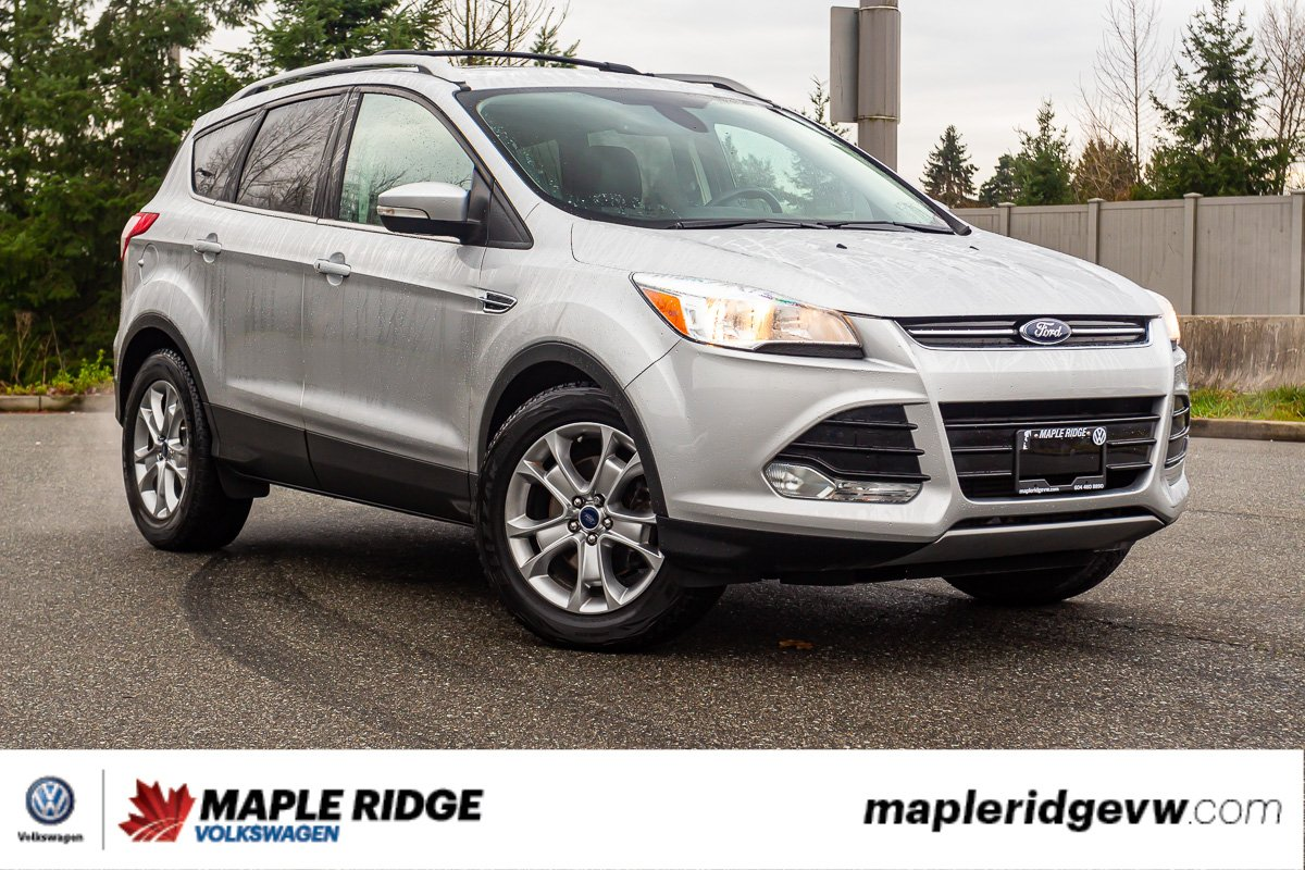 Pre-Owned 2015 Ford Escape Titanium LOW KM, NO ACCIDENTS, GREAT CONDITION!