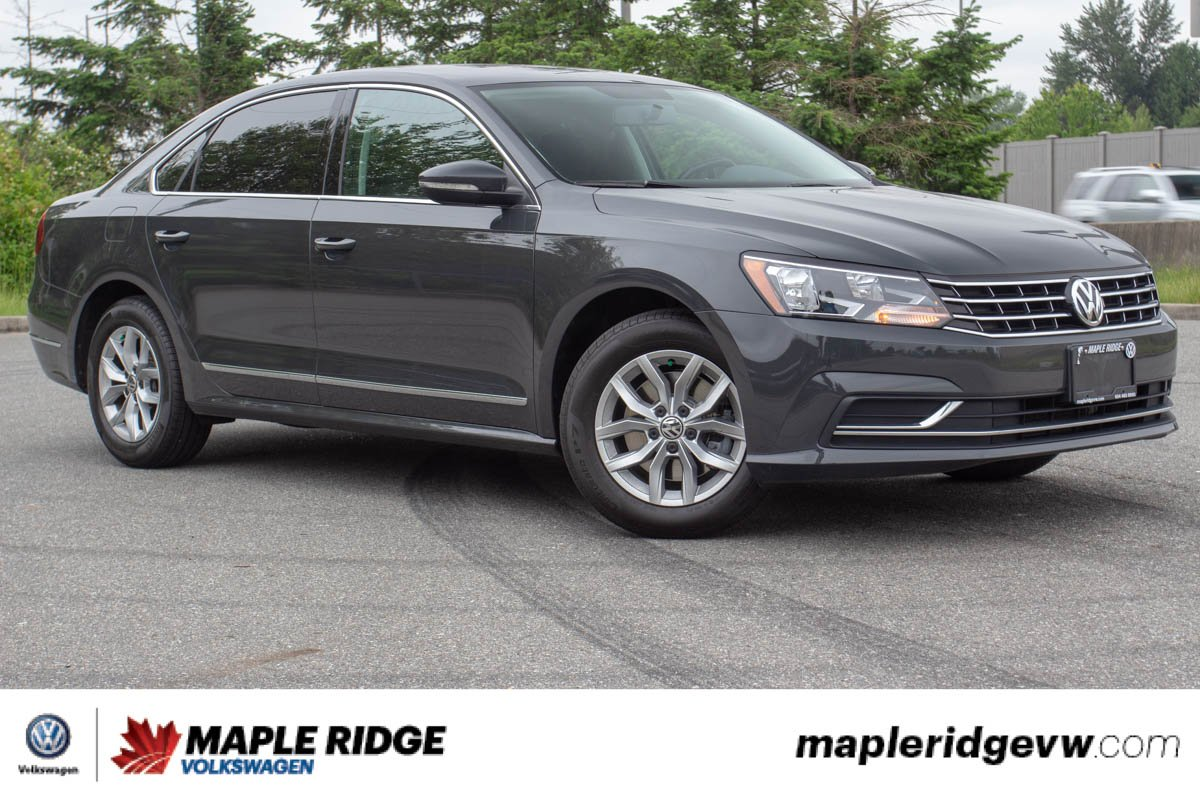 Pre-Owned 2016 Volkswagen Passat Trendline+ ONE OWNER, BC CAR, TONS OF SPACE!