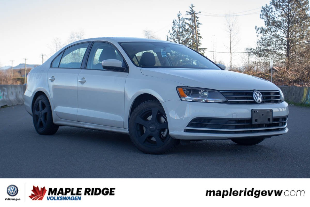Certified Pre-Owned 2017 Volkswagen Jetta Sedan MANUAL, GREAT VALUE, AFTERMARKET RIMS
