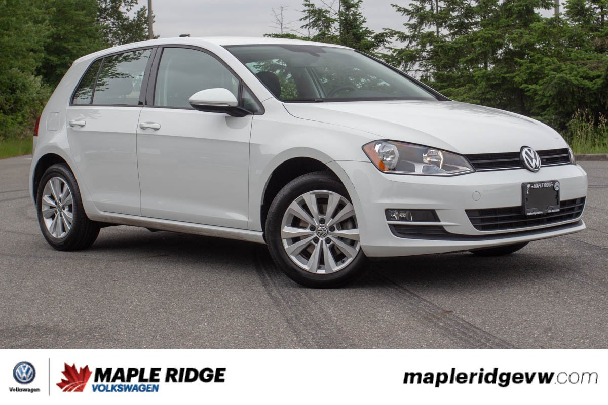 Pre-Owned 2016 Volkswagen Golf Comfortline NO ACCIDENTS, BC CAR, SUPER LOW KM!