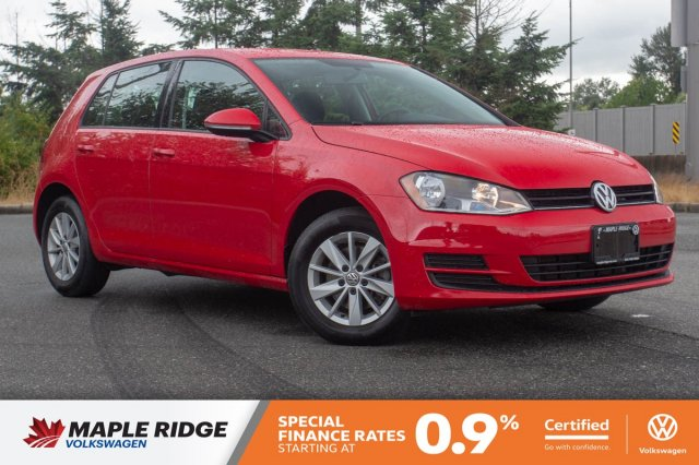 Certified Pre-Owned 2017 Volkswagen Golf Trendline LOCAL, LOW KM, AWESOME PRICE!