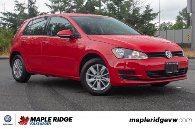 Pre-Owned 2017 Volkswagen Golf Trendline LOCAL, LOW KM, AWESOME PRICE!