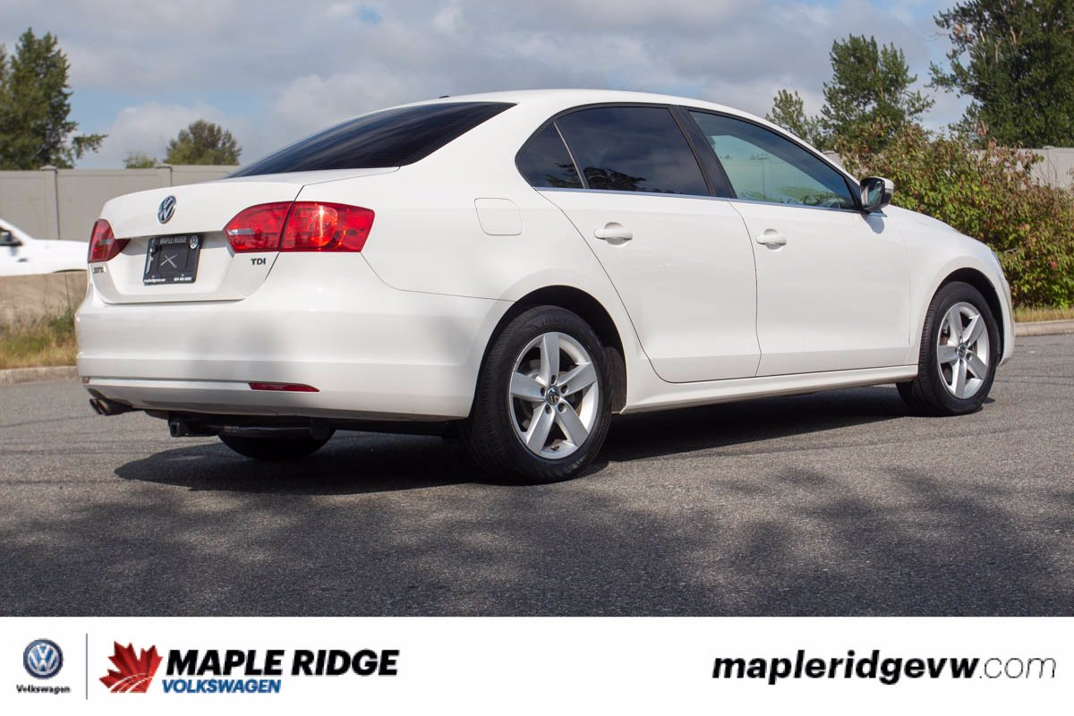 Pre-Owned 2013 Volkswagen Jetta Sedan Comfortline TDI NO ACCIDENTS, B.C. CAR, LOW KM!