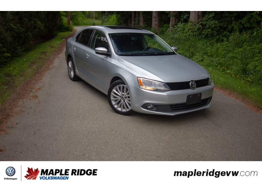 Certified Pre-Owned 2011 Volkswagen Jetta Comfortline - SUNROOF,LEATHER,GREAT COMMUTER
