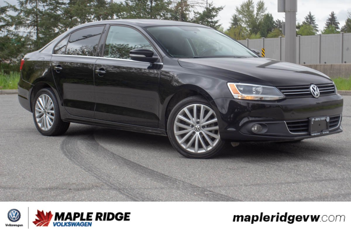 Pre-Owned 2011 Volkswagen Jetta Sedan Highline TDI NO ACCIDENTS, SUPER LOW KM, GREAT ON FUEL!