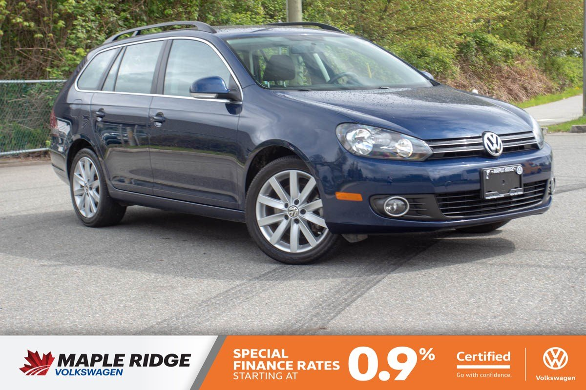Certified Pre-Owned 2013 Volkswagen Golf Wagon Highline TDI NO ACCIDENTS, BC CAR, SUPER LOW KM!