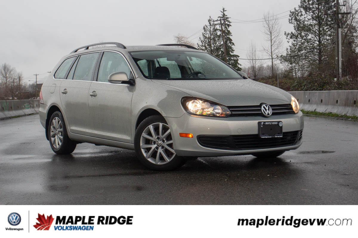 Pre-Owned 2012 Volkswagen Golf Wagon Comfortline SUPER LOW KILOMETRES, GREAT CONDITION