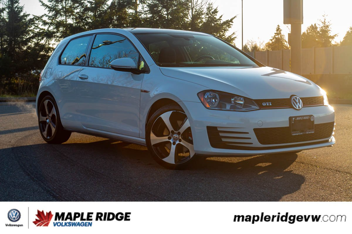 Pre-Owned 2015 Volkswagen Golf GTI NO ACCIDENTS, LOW KM, LOCAL CAR!