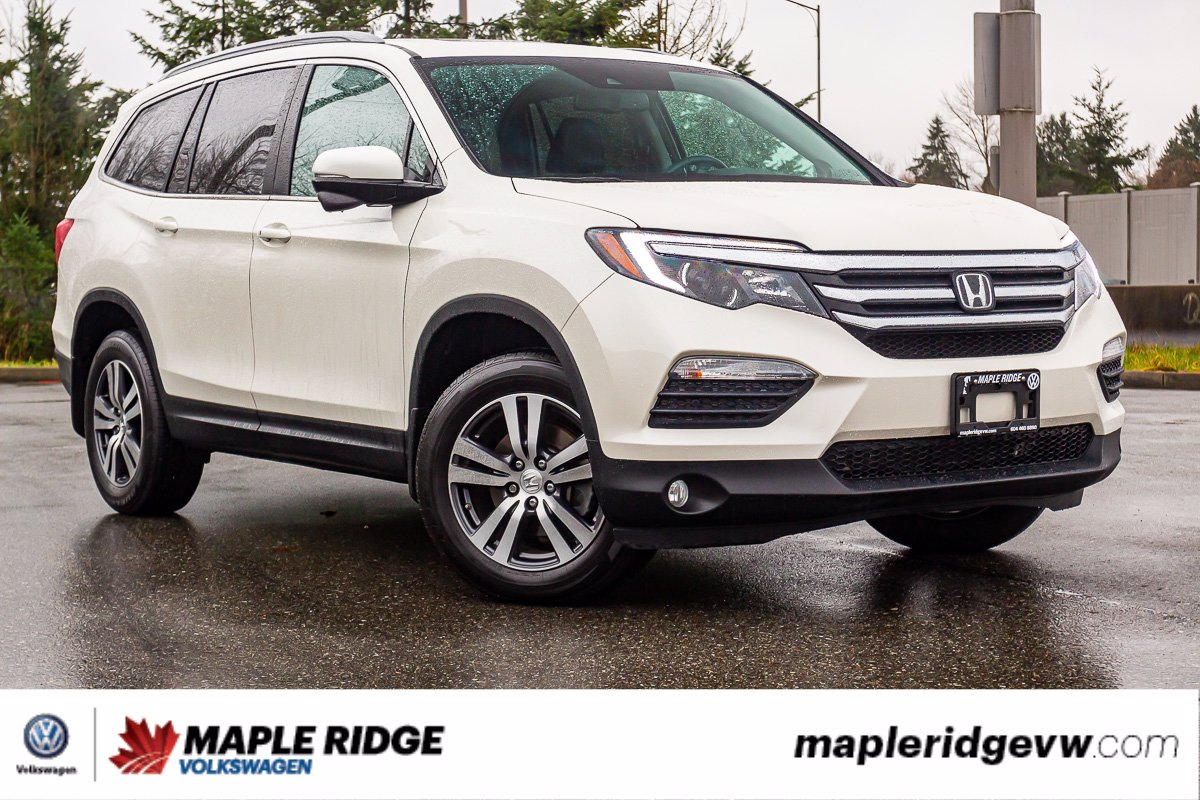 Pre-Owned 2017 Honda Pilot EX-L AWD, SEATS 7, LEATHER, SUNROOF, NO ACCIDENTS, B.C. CAR!