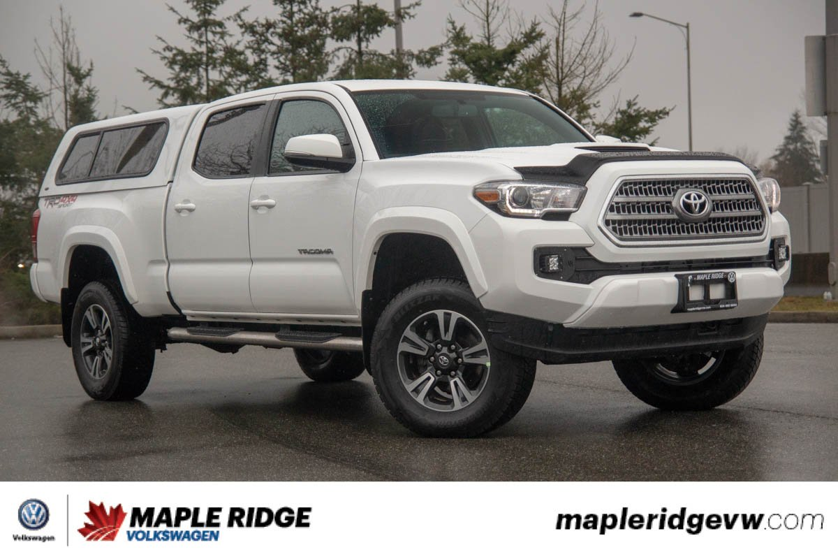 Pre-Owned 2017 Toyota Tacoma TRD 4X4, AWESOME DEAL, BED CAP INCLUDED!