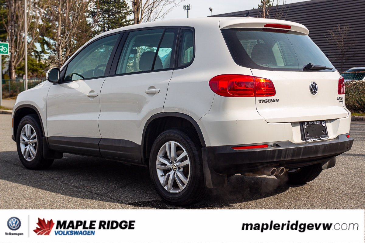 Pre-Owned 2013 Volkswagen Tiguan Trendline 4MOTION AWD, HEATED SEATS, LOCAL SUV!