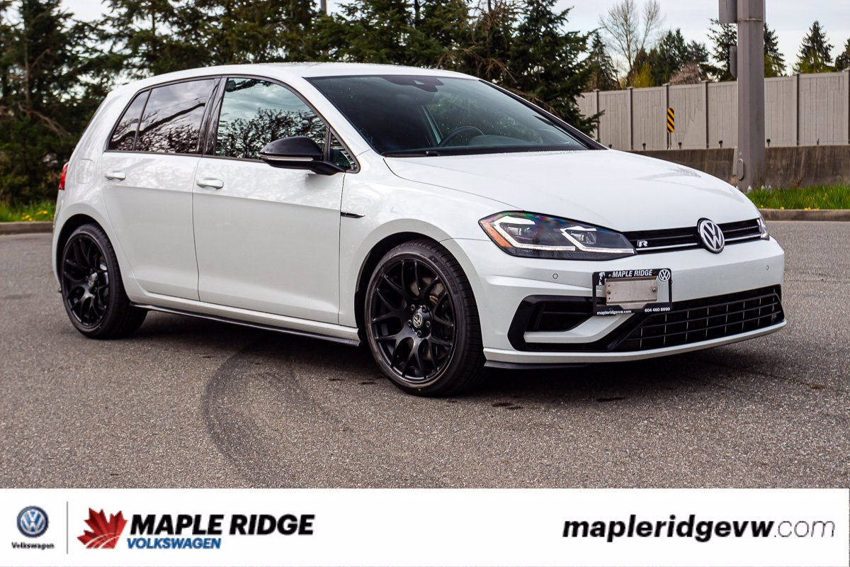 Pre-Owned 2018 Volkswagen Golf R 4MOTION