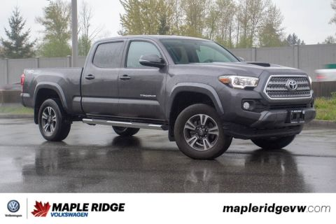 Pre-Owned 2016 Toyota Tacoma TRD LOW KM, GREAT CONDITION, BC CAR!