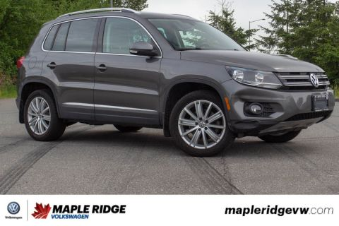 Pre-Owned 2015 Volkswagen Tiguan Highline LEATHER, NAVIGATION, AWD!